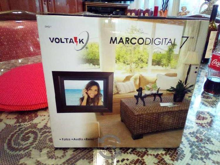 Marco digital 7 pulgadas