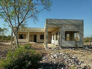 Vendo terreno con construccion de 20x50 m2 1000 m2 en ucu