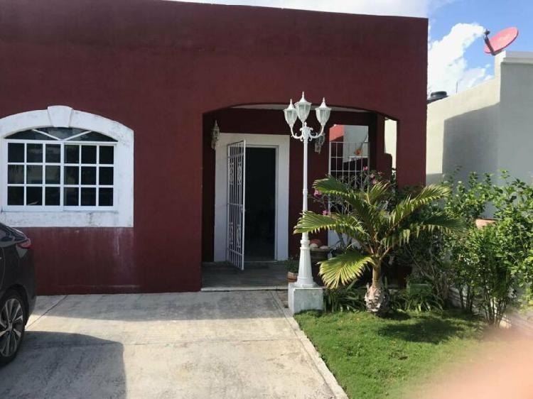 Venta de casa baja de precio en privada en cancun