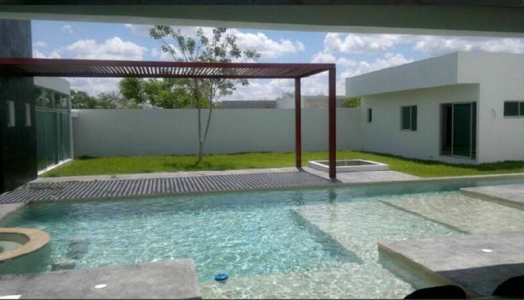 Venta de residencia en residencial del mayab temozon norte,