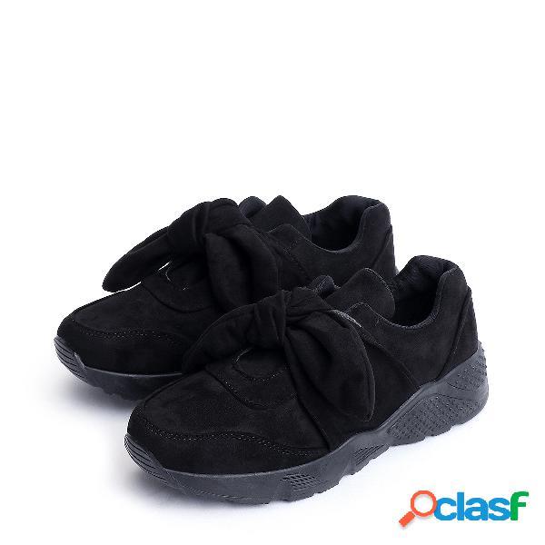 Zapatillas de deporte de ante negras con diseño de bowknot negro