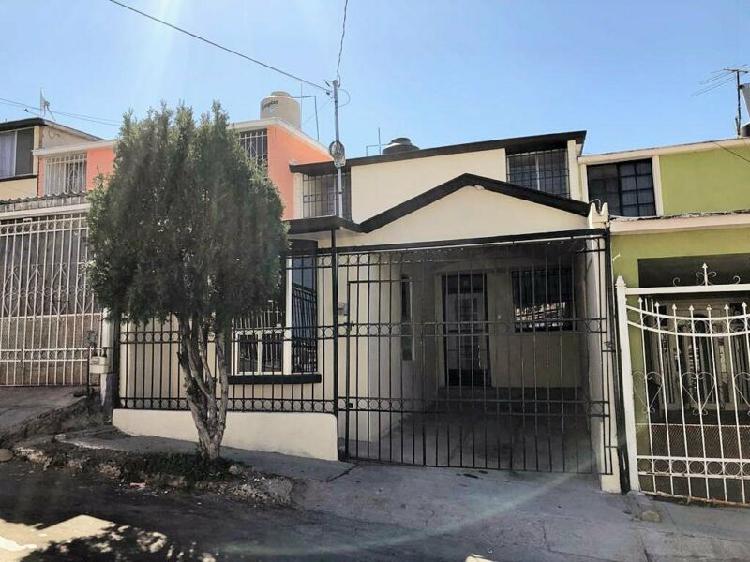 Casa en venta colonia infonavit nacional a una cuadra de