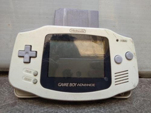 Game boy advance con casette de 50 juegos funcionando