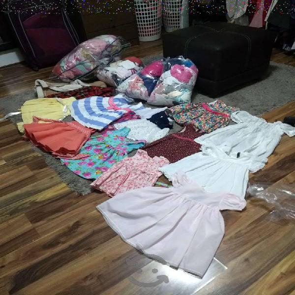 Lote de ropa para bebe de 0 a 2 años semi nueva