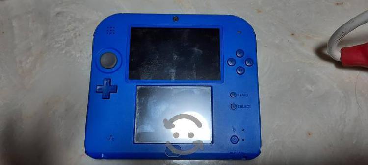 Nintendo 2ds +juego + cargador + memoria 4gb