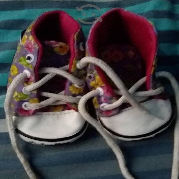Tenis y zapatos número 11