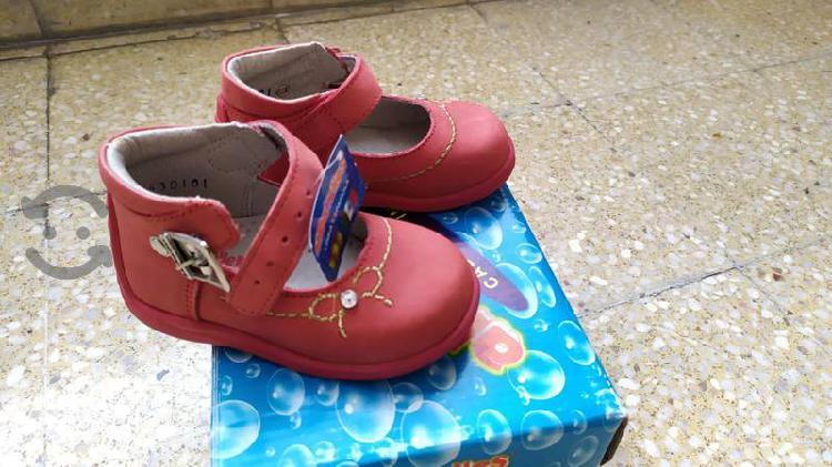 Zapatos andanenes línea española bebé