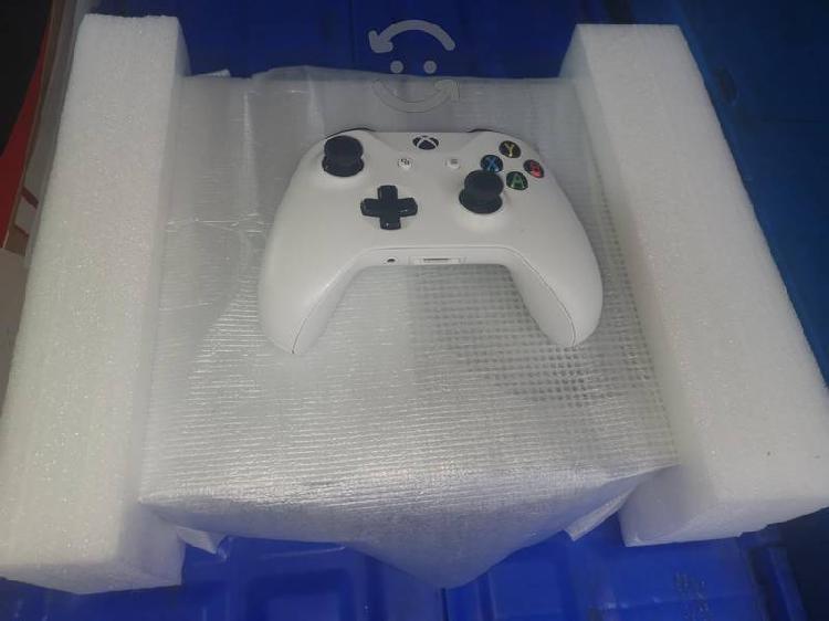 Xbox one s1tb (para reparar o piezas)