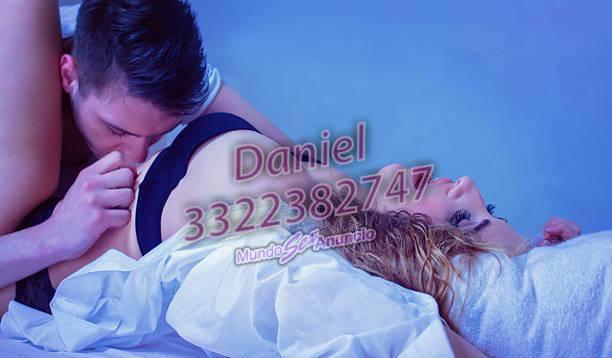 Hombre maduro masaje a Damas