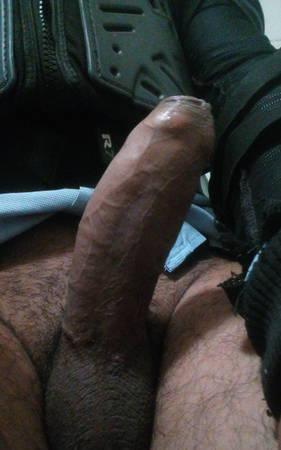 Moreno de 31años con verga de 19 cm