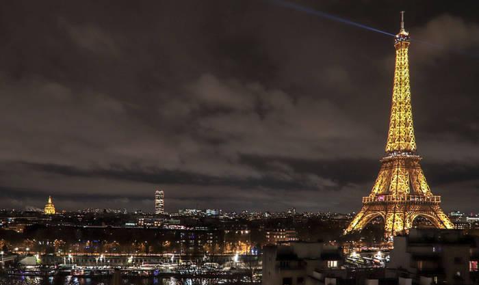 Plaza y telefonista en Francia
