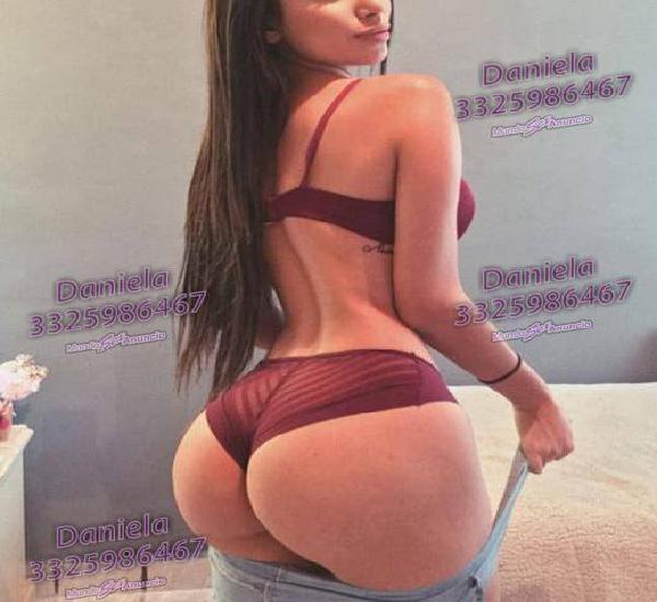 DANIELA CHICA SUMAMENTE CACHONDA EN LA CAMA