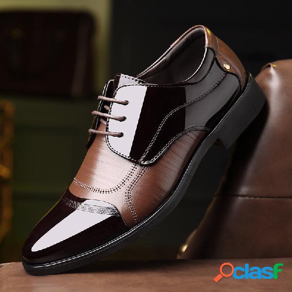 Zapato vestir clásico bicolor
