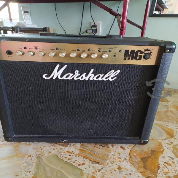 Amplificador marshall mg 50 fx