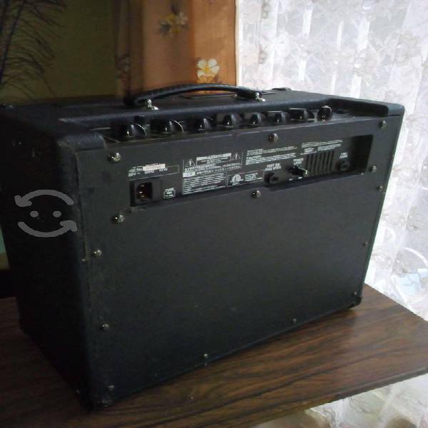 Amplificador vox valvetronix,guitarra,teclado voz