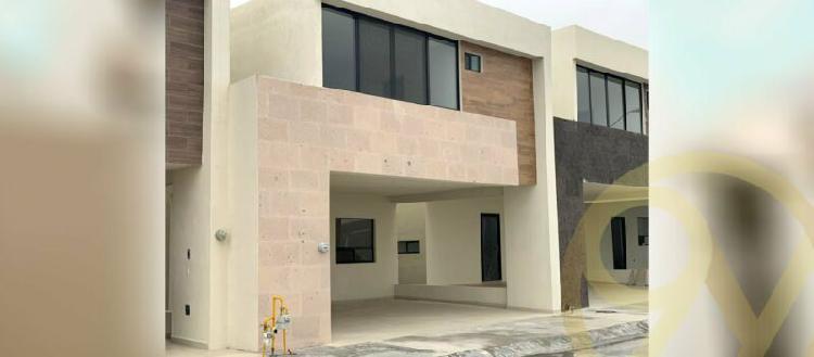 Casa en renta $14,000 zona apodaca, col. cerradas de