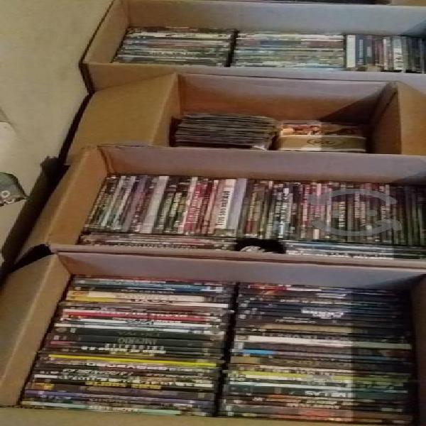 Tengo estas cajas de películas varatas