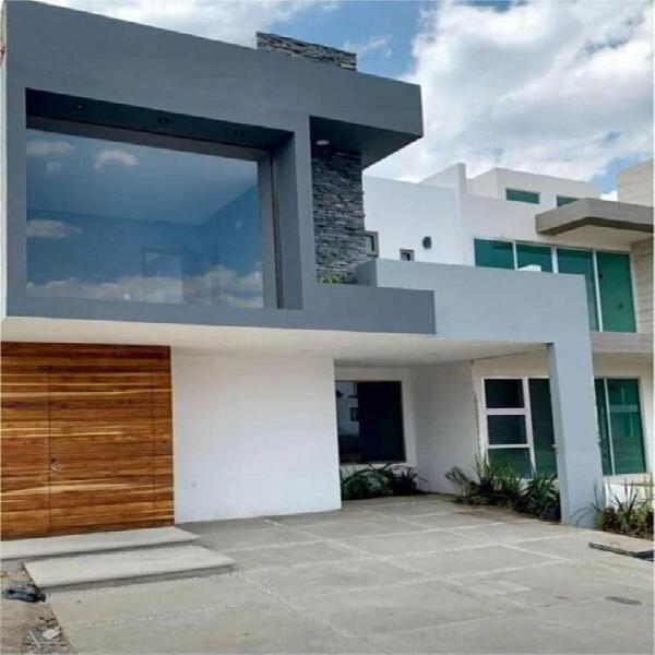 Casa en terranova residencial 2 pisos 3 recámaras en