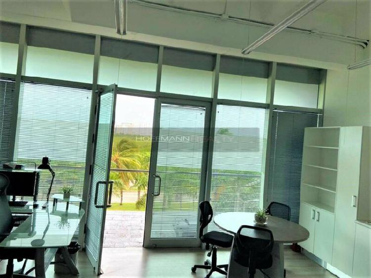 Espectacular oficina en puerto cancun equipada y panoramica