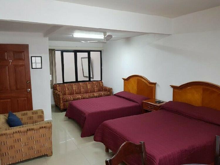 Habitaciones tipo estudio amuebladas y equipadas.