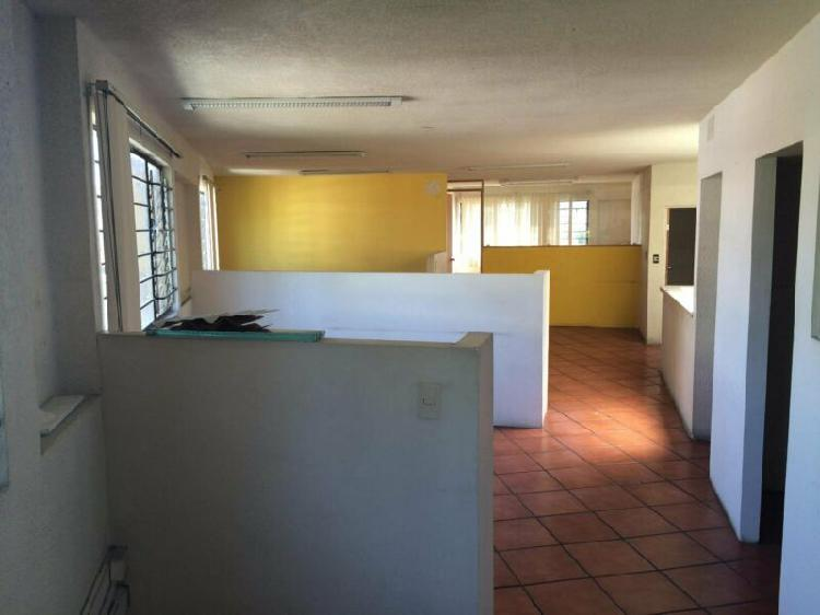 Renta oficina 200 m2 en 2 niveles $15,000 diviciones tabla