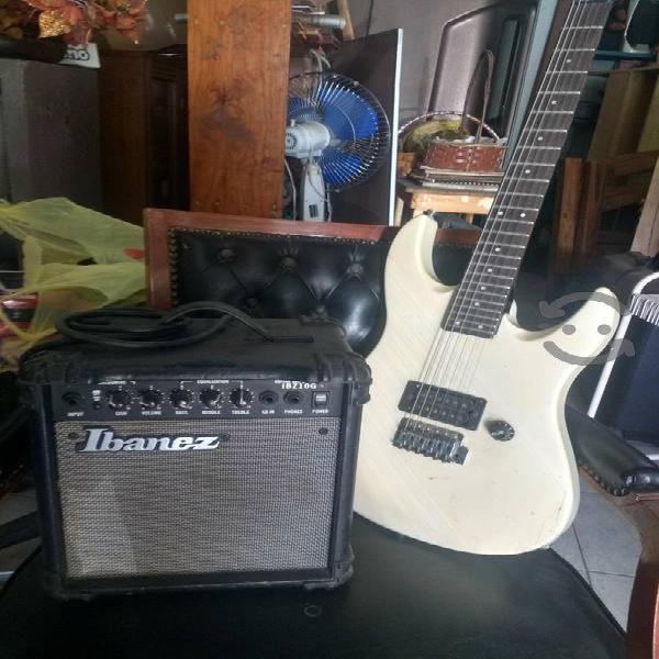 Guitarra electrica yamaha.