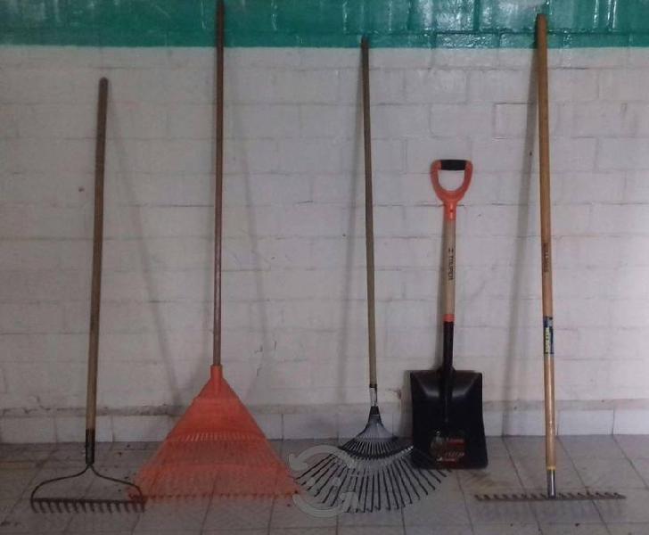 Lote de herramientas para jardinería