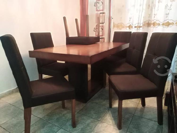 Comedor 6 sillas color chocolate seminuevo