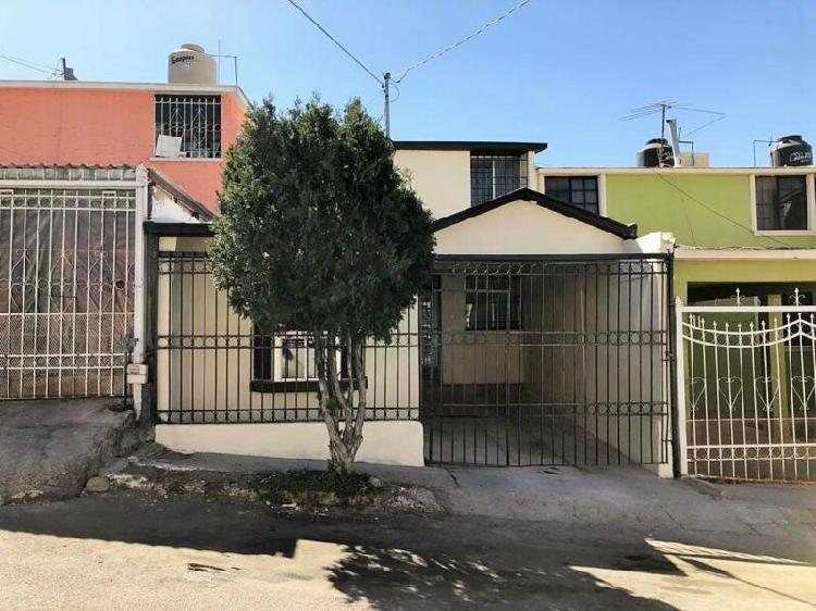 Casa ampliada en venta fracc infonavit nacional 1 cuadra de