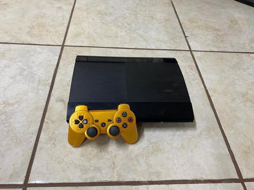 Playstation 3 superslim 250 gb.