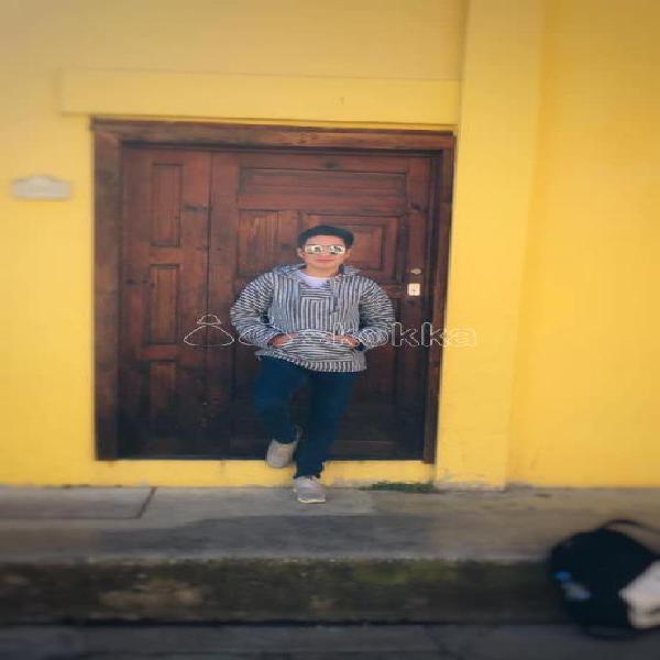 HOLA, CHICO TWINK 19 AÑOS ACTIVO ATIENDO HOMBRES Y MUJERES
