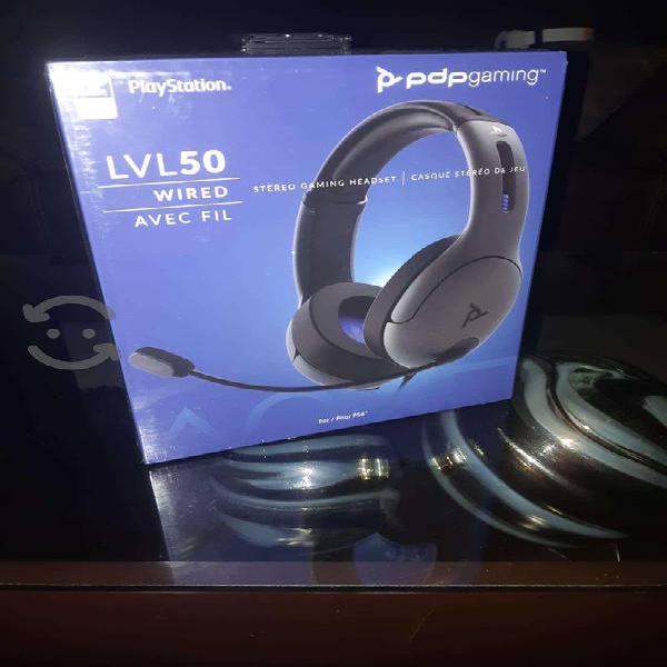 Audifonos playstation 4 pdp lvl 50 gris y negro
