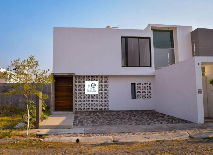 Casa nueva amueblada en venta en zona norte de villa de