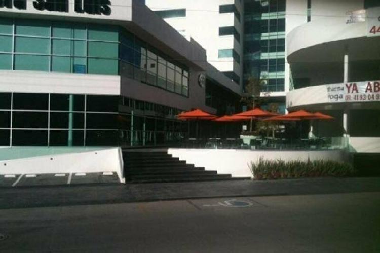 Excelente oportunidad local en renta - plaza murano -planta