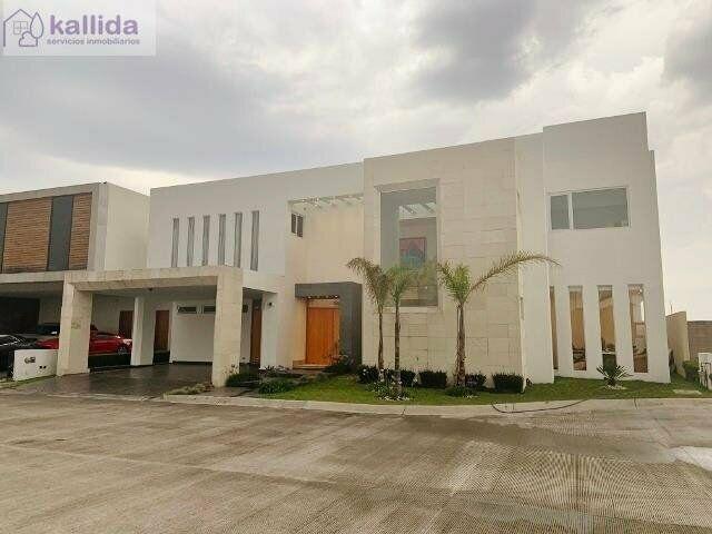 Kallida vende residencia en hacienda san antonio, lujo y