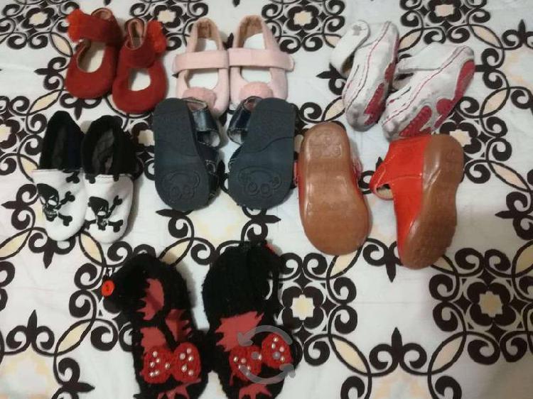 Paquete de zapatos niña