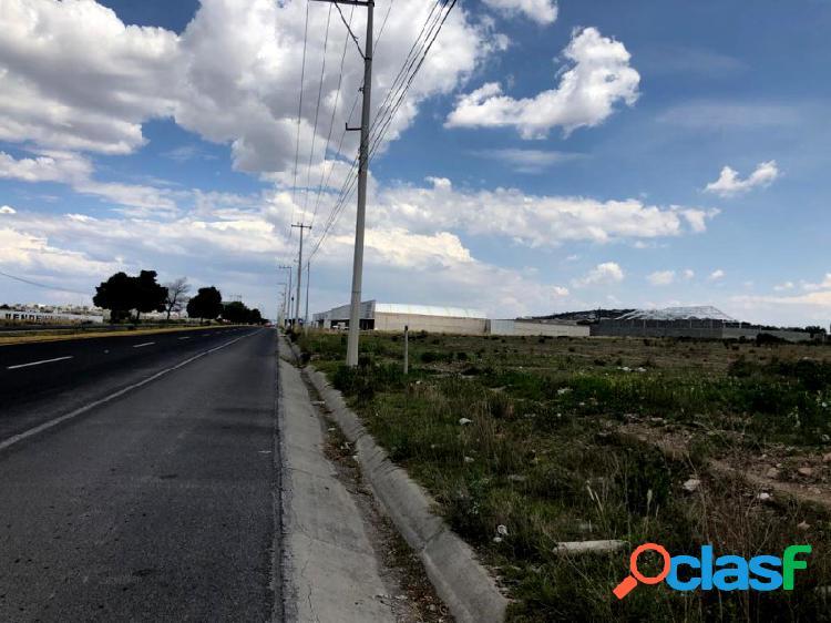 Venta de excelente terreno sobre blvr santa catarina, santiago tlapacoya
