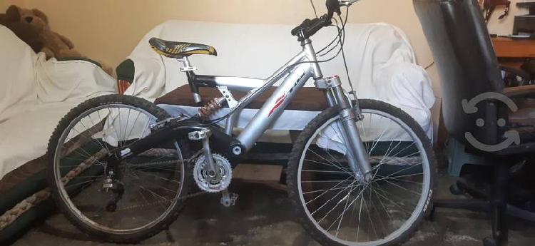 Bicicleta de aluminio r26 de montaña