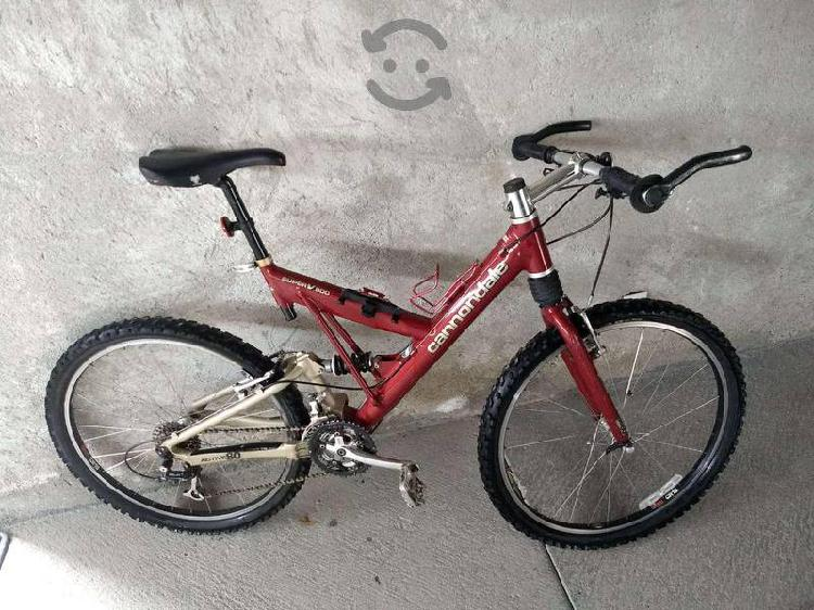 Bicicleta cannondale 26 super v 900