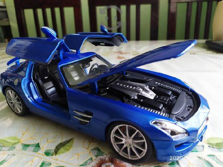 Mercedes benz sls amg a escala 1/18