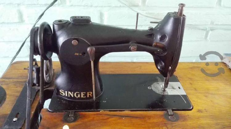 Máquina de coser industrial recta singer