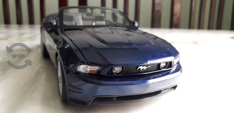 Mustang gt a escala 1/18