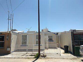 Renta casa $ 8,500.00 una planta fraccionamiento satelite