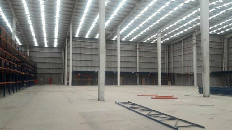 Rento con opcion a venta de nave industrial de 6,700 m2 al