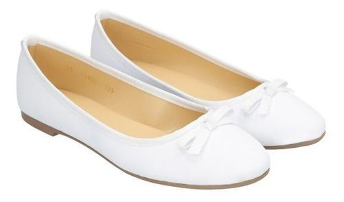 Zapato plano de mujer c&a punta redonda