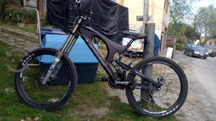 Bicicleta santacruz v 10 aluminio para dh excelen