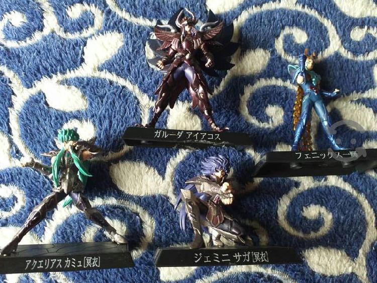 Caballeros del zodiaco gashapon mini banda japon
