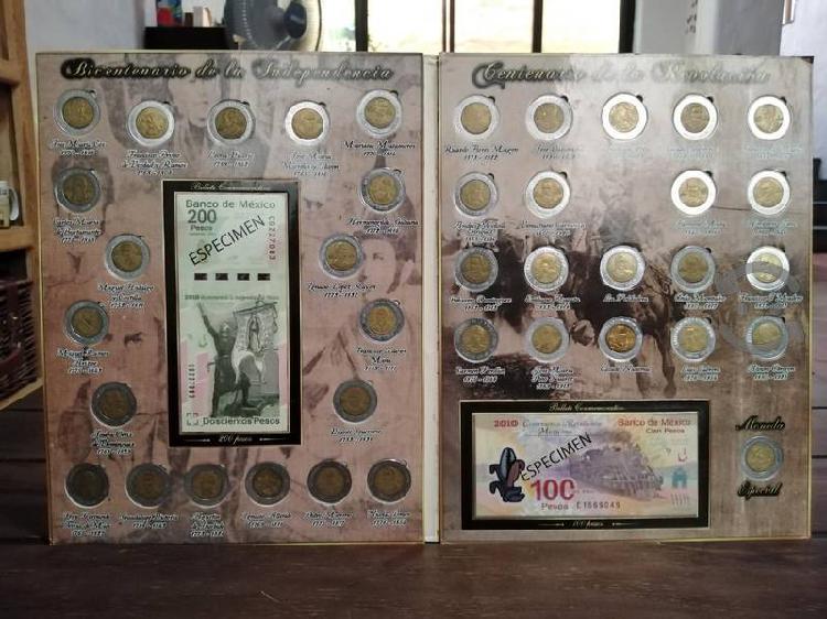 Coleccionador de monedas de 5 pesos conmemorativa