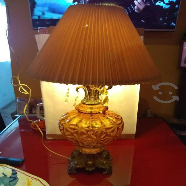 Lámpara antigua funcionando