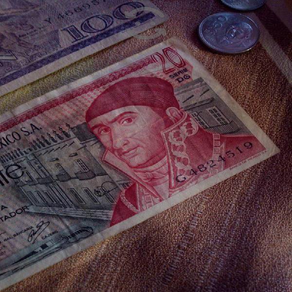 Lote de billetes antiguos y monedas